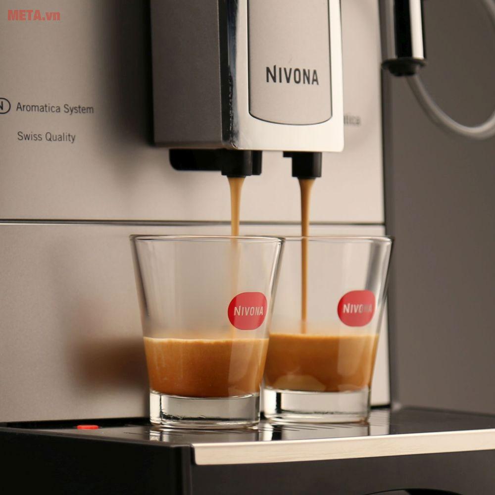 Máy pha cà phê tự động Nivona 520 có 2 vòi pha cà phê