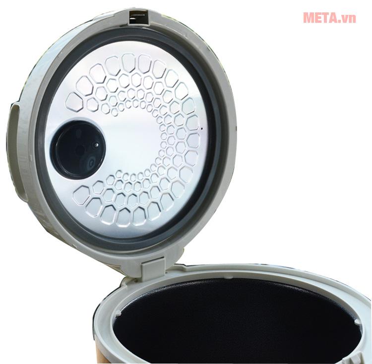 Máy làm tỏi đen Tiross TS904 với nắp nồi đóng mở dễ dàng