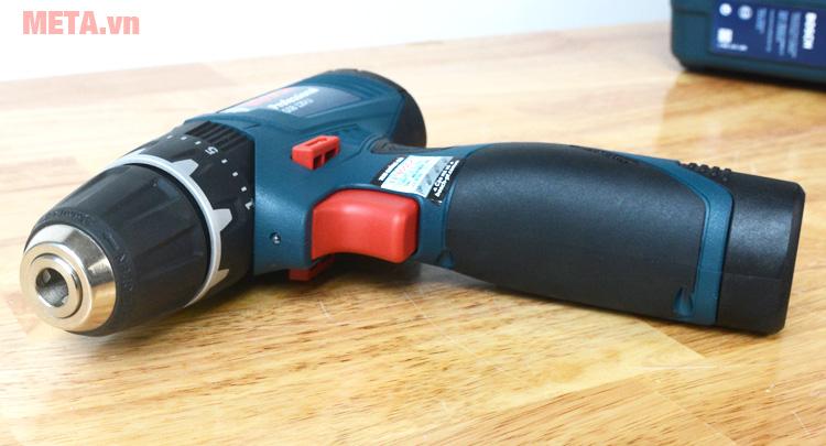 Công tắc bật/tắt của máy khoan vặn vít động lực dùng pin Bosch GSB 120-LICông tắc bật/tắt của máy khoan vặn vít động lực dùng pin Bosch GSB 120-LI