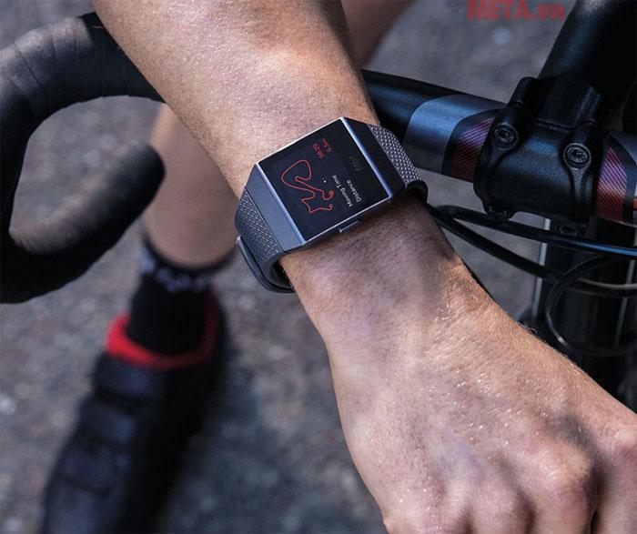 Fitbit Ionic đồng hành cùng bạn nhiều môn thể thảo