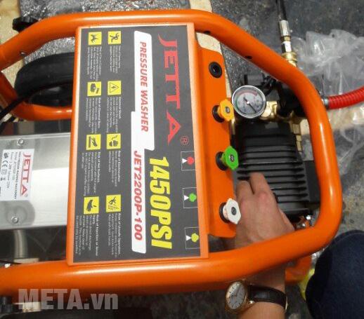 Máy rửa xe cao áp Jetta JET2200 có đồng hồ hiển thị áp lực