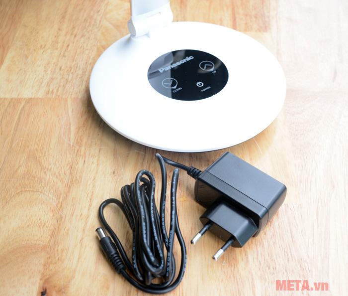 Đèn rất tiết kiệm điện nên bạn hoàn toàn có thể yên tâm khi sử dụng