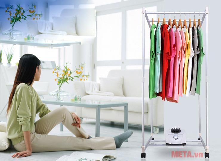 Tủ sấy quần áo giúp sấy quần áo nhanh chóng, hiệu quả