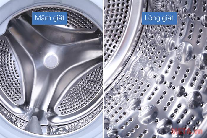 Lồng giặt được làm từ chất liệu thép không gỉ, bền bỉ khi sử dụng