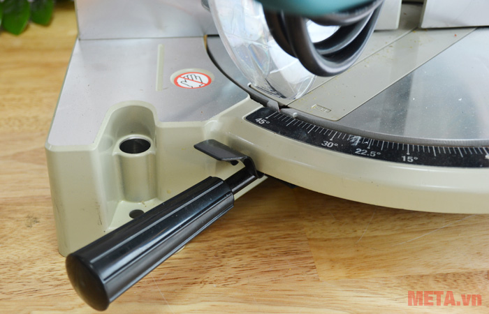 Máy cắt góc Makita LS1030N