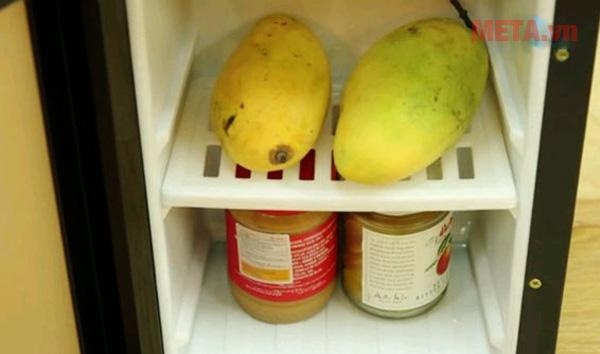 Cây nước có ngăn mát đựng hoa quả, thực phẩm tiện lợi