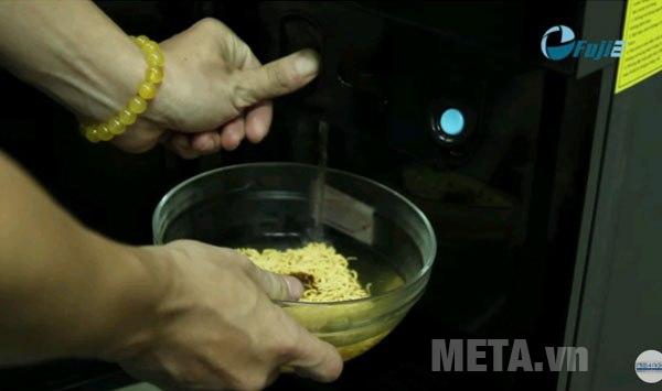 2 vòi nước nóng/lạnh