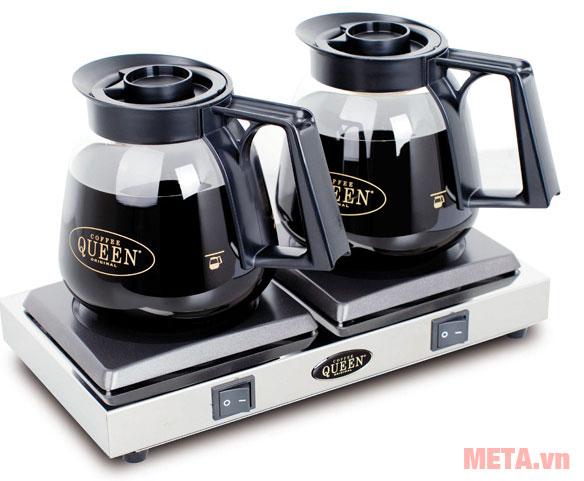 Bình đựng cà phê trên bếp hâm