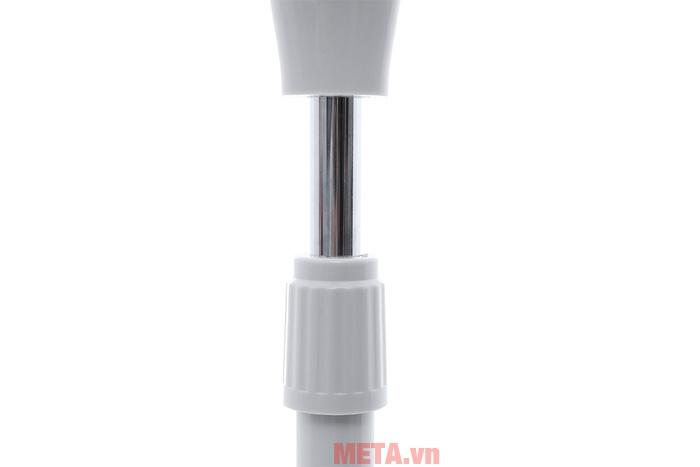 Thân quạt có thể dễ dàng điều chỉnh độ cao khi sử dụng