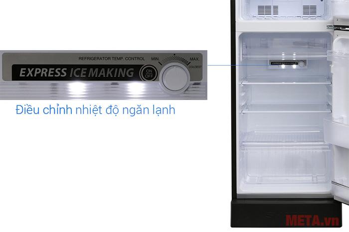 Núm điều chỉnh ngăn lạnh được thiết kế trong tủ