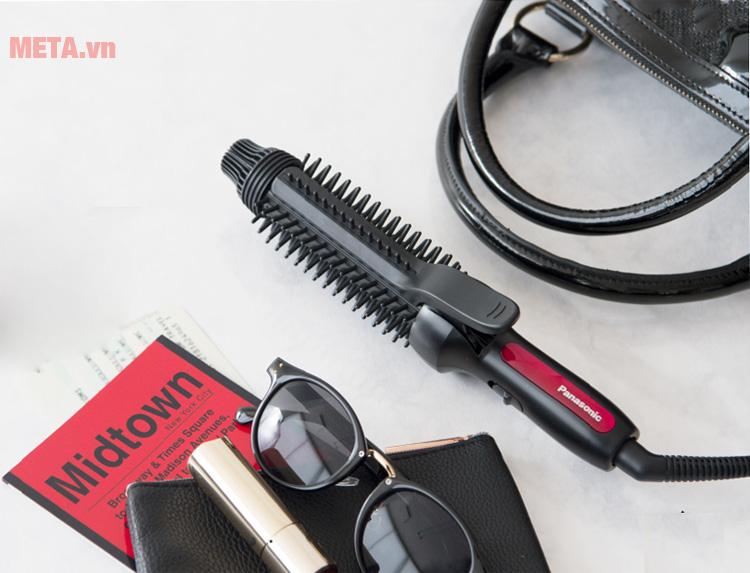 Thiết kế máy tạo kiểu tóc Panasonic EH-HT45-K645