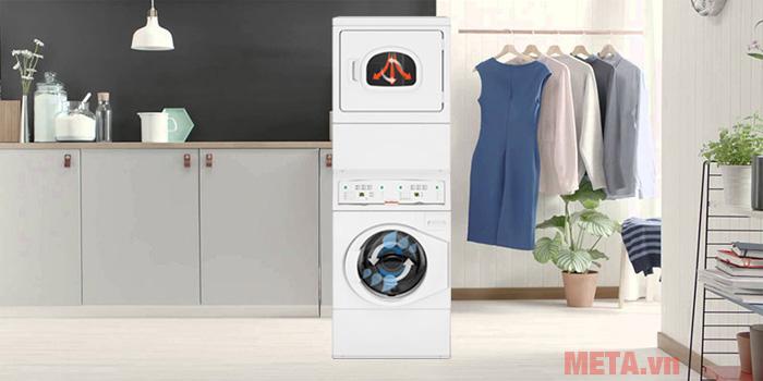 Máy giặt sấy xếp chồng không tốn nhiều diện tích căn phòng gia đình bạn