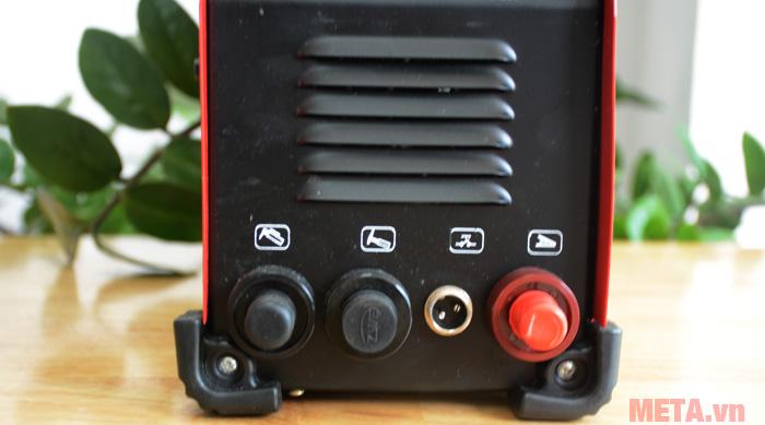 Các khe kết nối với các phụ kiện của máy
