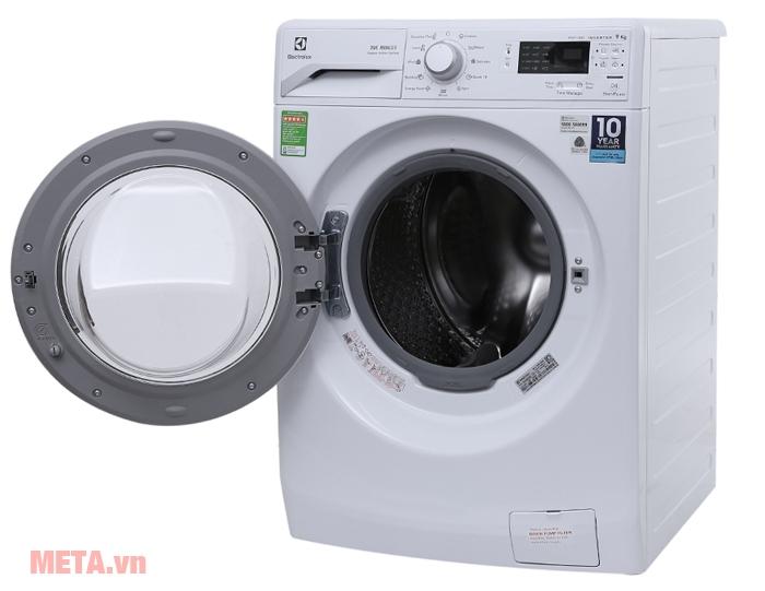 Công việc nhà trở nên thật đơn giản với máy giặt cửa trước 9 kg Electrolux EWF12942.
