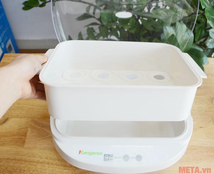 Khay đựng sữa dễ dàng tháo rời để vệ sinh