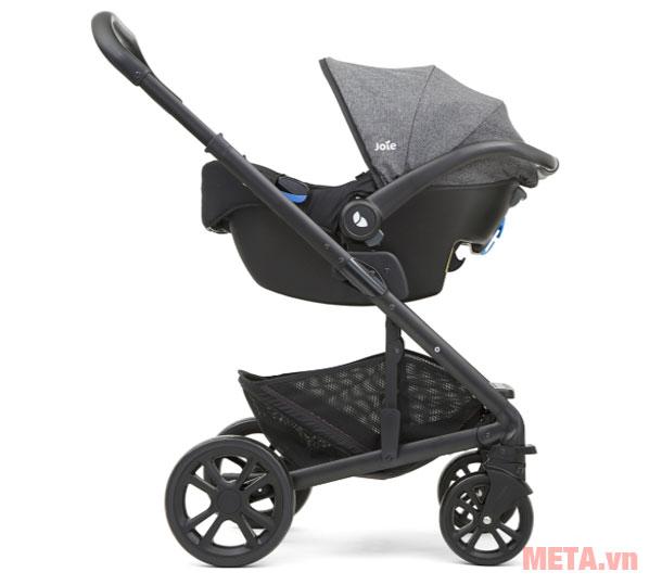 Ghế ngồi xe hơi trẻ em có thể tích hợp với xe đẩy