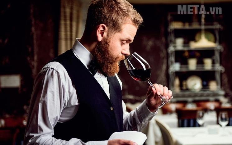 Tuổi thọ của rượu vang ảnh hưởng đến vị ngon của rượu