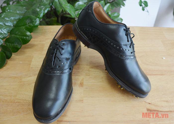 Giày golf nam có màu đen