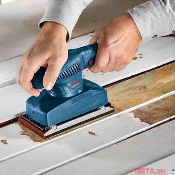 Máy chà nhám giúp đánh bóng nhiều bề mặt
