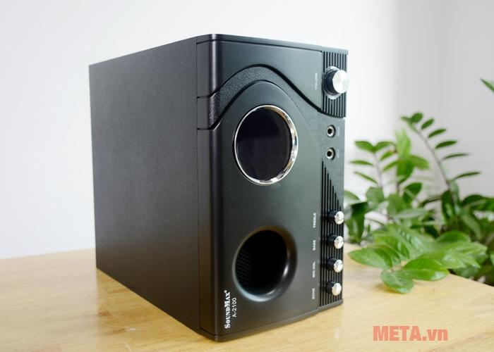 Bộ loa Soundmax A 2100/2.1 hỗ trợ ngõ vào 6mm của 2 mic có dây