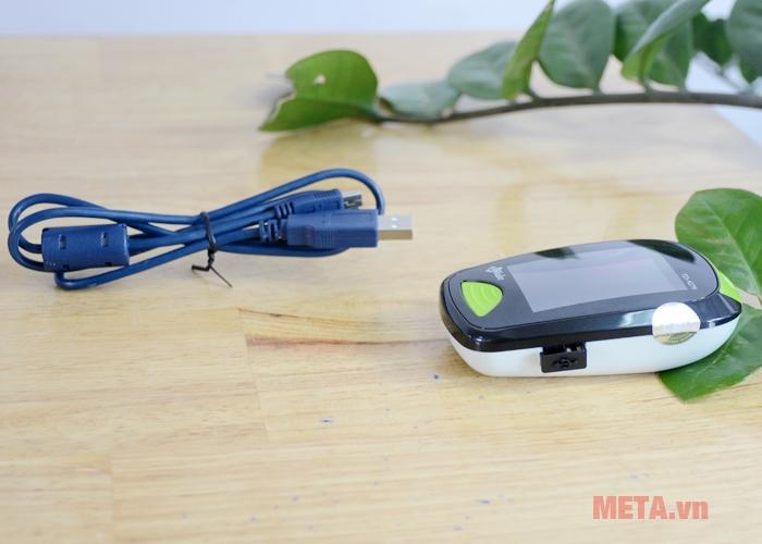 Cổng USB và cap kết nối