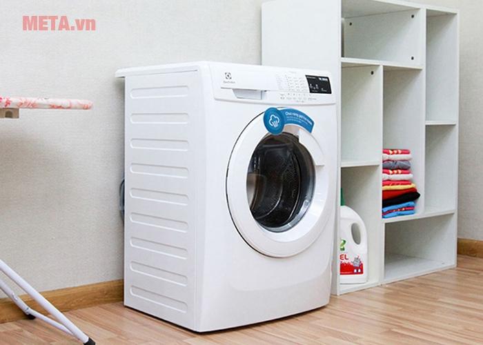 Máy giặt Electrolux EWF80743 có thiết kế sang trọng