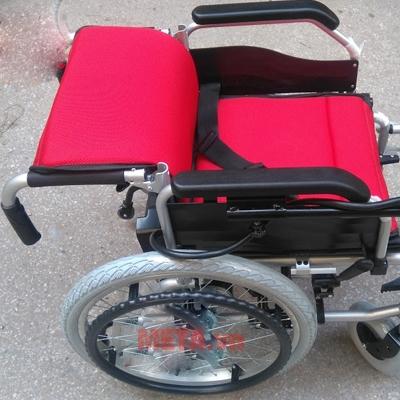 Xe lăn điện A95 Akiko có thể ngả ra cho người dùng nghỉ ngơi thoải mái