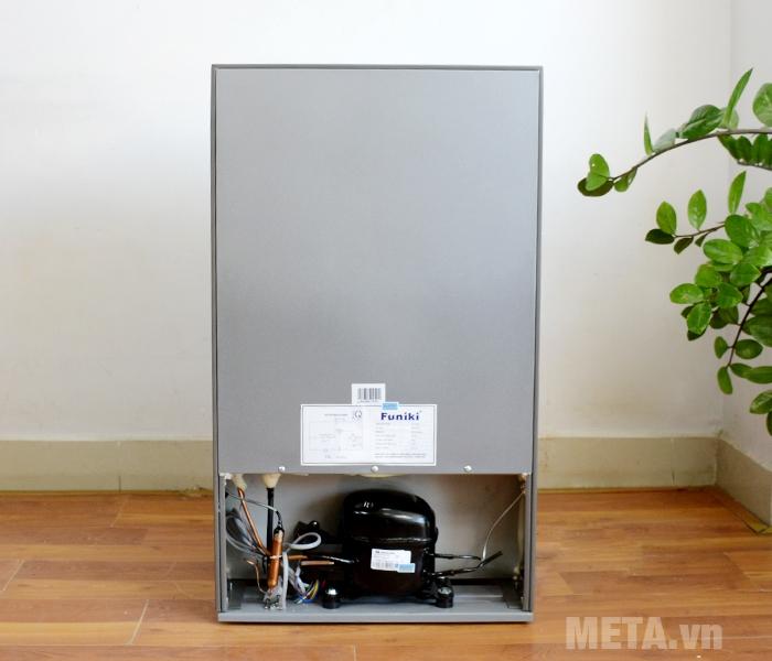 Mặt sau tủ lạnh Funiki FR-91CD