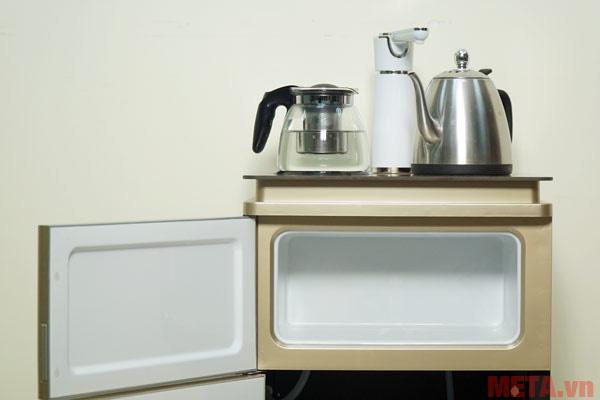 Cây nước nóng lạnh FujiE WD3000E đi kèm cả bình pha trà, cà phê như trên hình