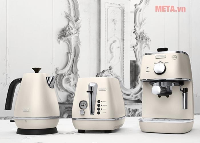 Trọn bộ sản phẩm bộ máy pha cà phê Delonghi Distinta.W