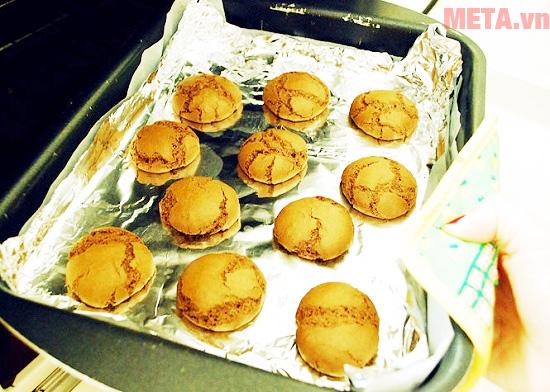 Bạn có thể nướng bánh quy bằng giấy bạc