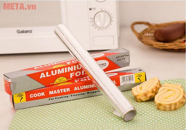 Giấy bạc có khả năng phản xạ nhiệt rất tốt