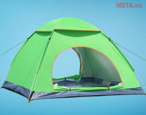 Lều trại màu xanh