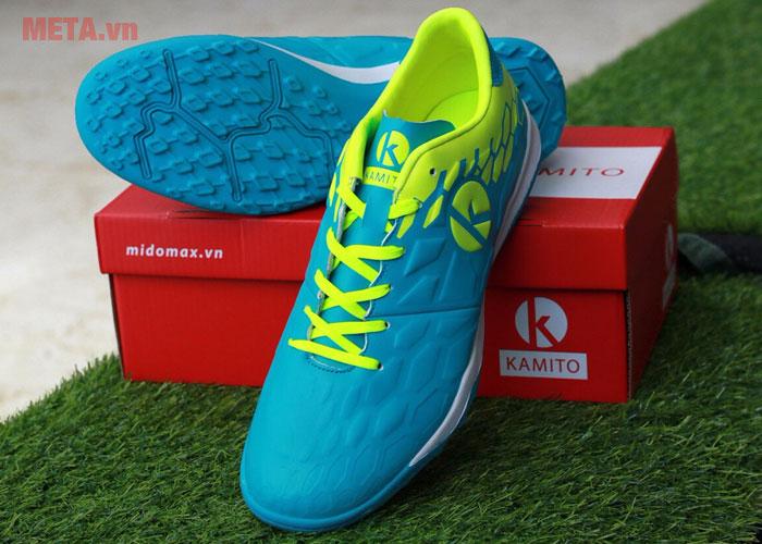 Giày đá bóng màu xanh biển