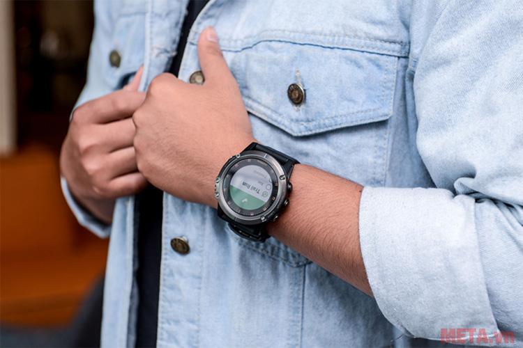 Thiết kế của đồng hồ thông minh Garmin fenix 5X Plus Sapphire