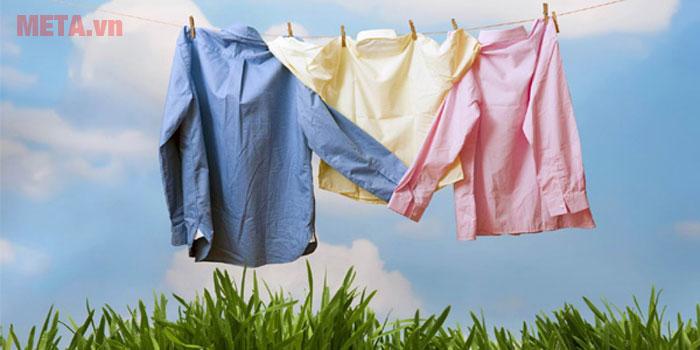 Với máy giặt Samsung áo quần sẽ được giặt sạch hiệu quả