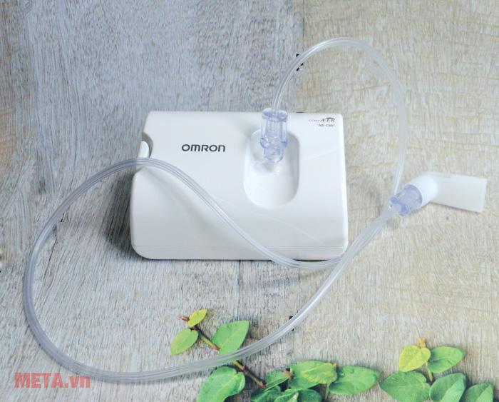 Máy xông mũi họng Omron NE-C801 với ống ngậm đi kèm