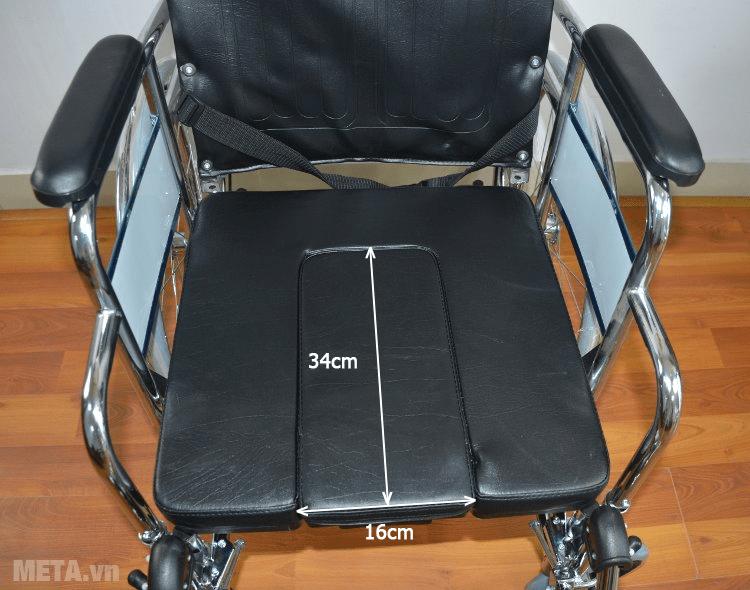 Xe lăn đa năng Lucass X7 (~X7A) thiết kế ghế ngồi bằng da cao cấp