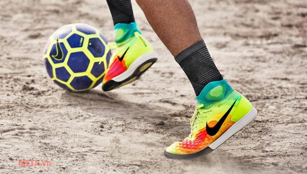 Chọn giày theo lối chơi