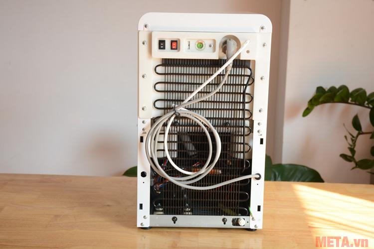 Máy lọc nước RYO nóng lạnh để bàn RP100H có thiết kế tiện lợi