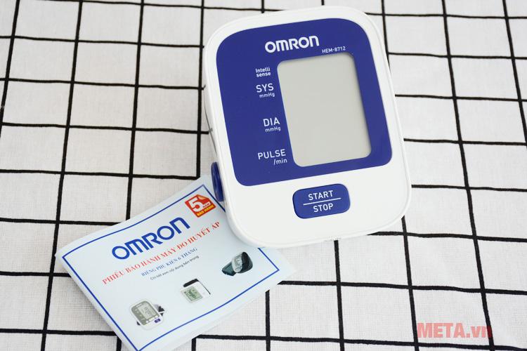 Hình ảnh máy đo huyết áp Hem-8712