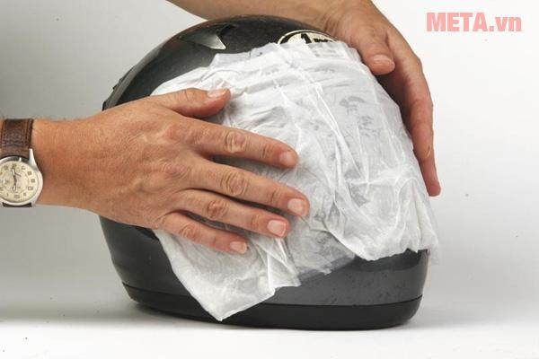 Không dùng giấy ướt