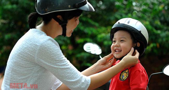 Những điều cần biết khi chọn mua mũ bảo hiểm