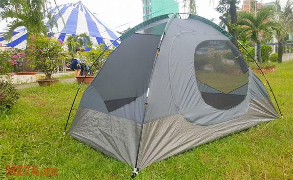 Lều có thiết kế chắc chắn, rộng rãi