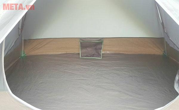 Hình ảnh bên trong lều