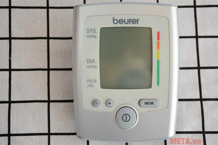 Bạn có thể sử dụng máy đo huyết áp Beurer đơn giản và thuận tiện.