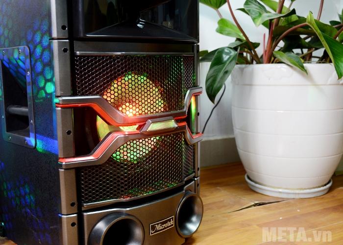 Loa Microtek MTK-04 sở hữu đèn LED ấn tượng