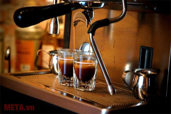 Máy pha cà phê Espresso