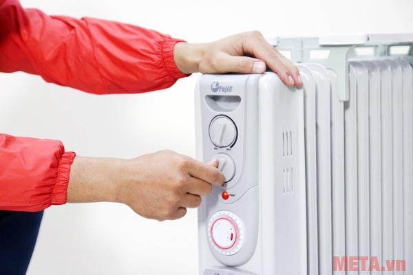 Núm xoay điều chỉnh nhiệt độ rất dễ sử dụng