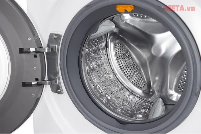 Cửa mát giặt dễ dàng đóng mở